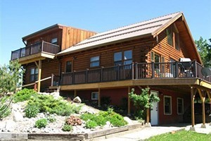 AAA Red Lodge Rentals - 3 for 2 Spring Special :: Three nights for the price two! For stays April 1-May 24, 2017. Blackout dates: April 13-17, 2017. Beautiful, well-maintained homes, condos & cabins around Red Lodge.