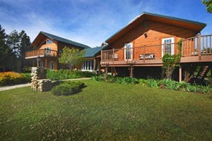 Montana Bed & Breakfasts - better than hotels :: Why stay in a hotel, our locally-accredited B&B rooms are nicer, more unique, offer better breakfasts & hospitality, and are less expensive than you may think.