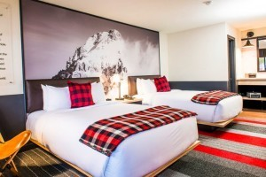 Mountain Modern Motel - Brand New in Heart of Town