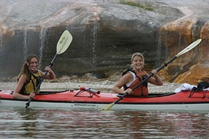 OARS - Yellowstone & Teton Park family getaways :: Enjoyable all-inclusive vacations sure to engage and excite all age groups. From kayaking pristine lakes, hike to waterfalls, raft the Snake River to private island camping.