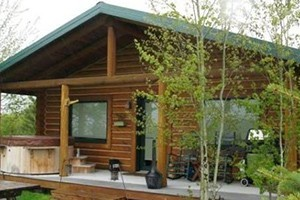 AAA Red Lodge Rentals - Book 6 nights get 7th FREE