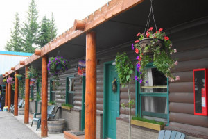 Moose Creek Inn & Cabins - just like a hotel