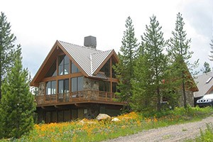 Mountain Home - Vacation Rental Homes & Cabins :: 80+ private cabins, homes & lodges, riverfront locations and incredible mountainside retreats. Named one of the world's best vacation rental agencies by Conde Nast Traveler.