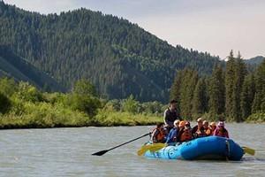 Barker-Ewing Scenic River Trips