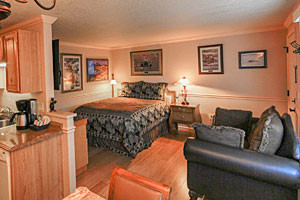 Yellowstone Gateway Inn - upscale suites & home