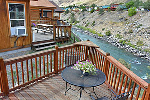 Yellowstone Condo Suites, Cabins & Homes