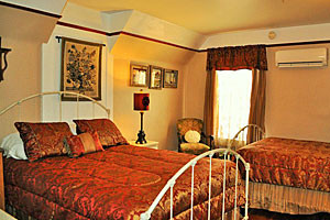 Victorian Inn - beautiful suites in Gardiner MT