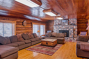 Cabins West - rental homes near Yellowstone