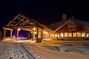 Old Faithful Snow Lodge & Cabins - award winning