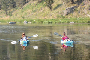 Family Log Lodges & Cabins to rent on Cliff Lake