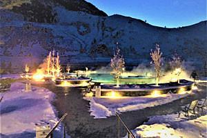 Roam Yellowstone Winter Safari and Hot Spring Soak