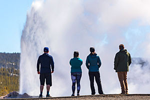 Yellowstone Scenic Tours | Feel the Geysers