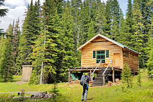 In our Nature Backcountry Cabin Guided Trip
