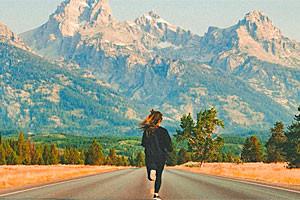 Contiki | Exceptional Tour in Tetons & Yellowstone