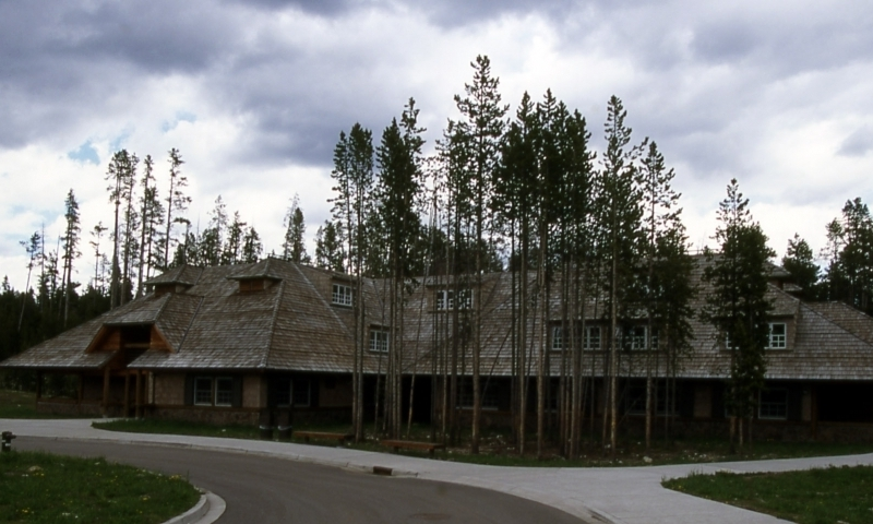 Yellowstone Canyon Lodge