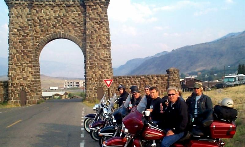 Gardiner Montana Roosevelt Arch Yellowstone Motorcycle