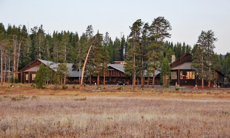 Yellowstone Lake Lodge