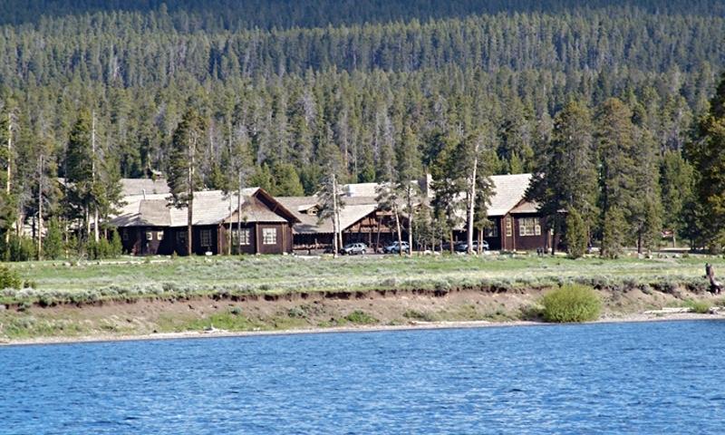 Yellowstone Park Lake Lodge