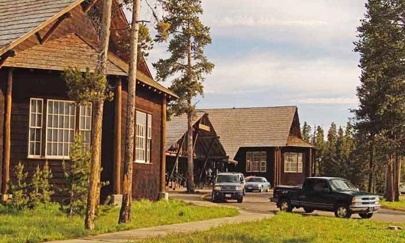 Lake Lodge Yellowstone