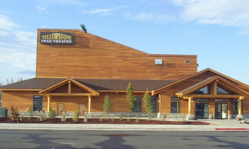 West yellowstone montana yellowstone park vacations for Cabins near yellowstone west entrance