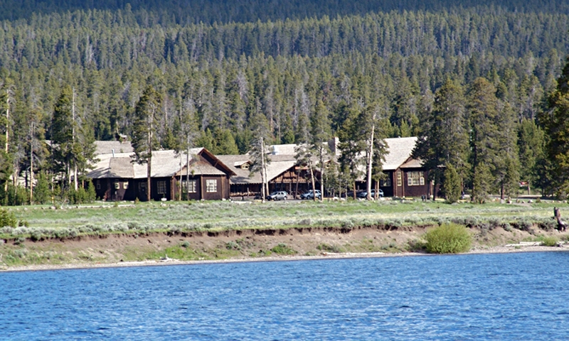 Yellowstone National Park Lodging Lake Lodge