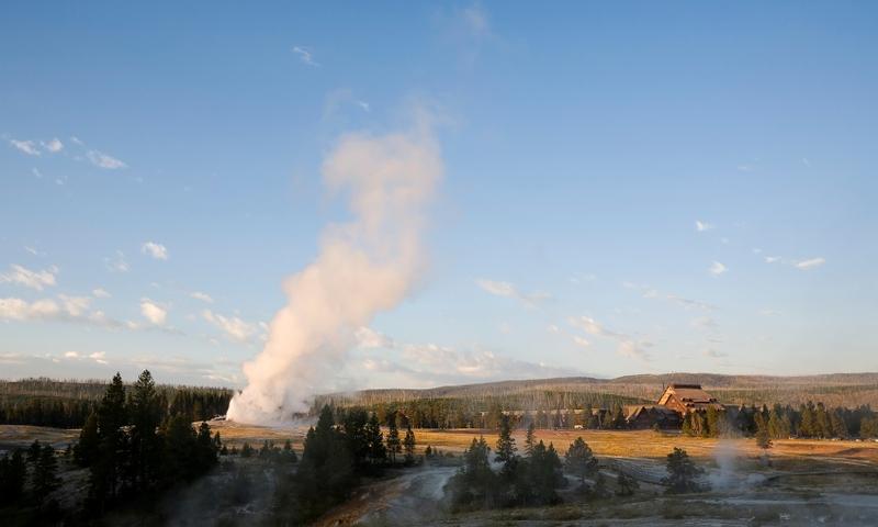 Yellowstone Travel