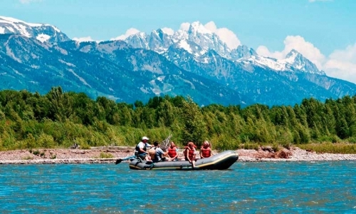 Yellowstone National Park Scenic Float Trips Smooth Water