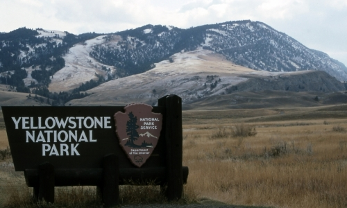 Yellowstone Mountains Mammoth Hot Springs