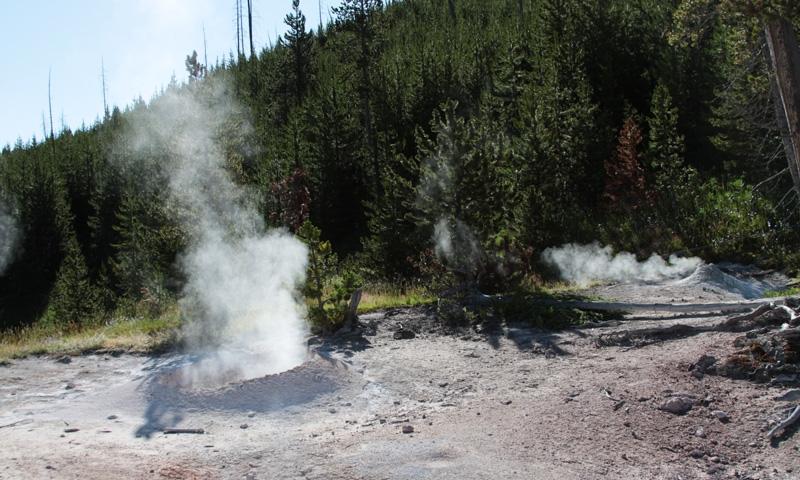 Yellowstone Mud Pots Alltrips