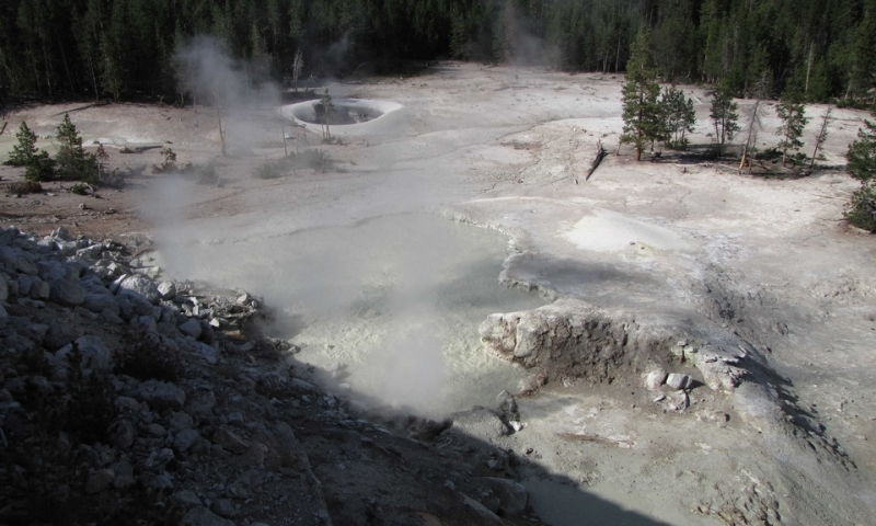 Sulphur Caldron in Yellowstone