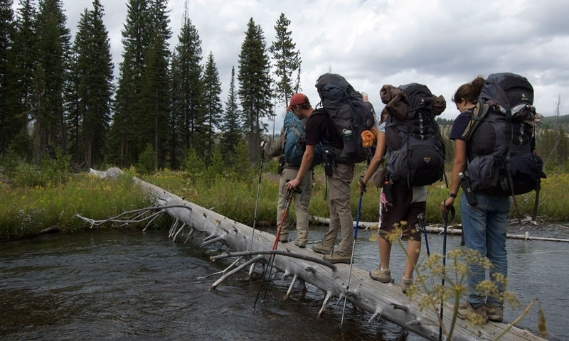 Yellowstone Park Hiking Trails