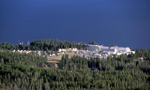 Yellowstone Lake Village travel guide