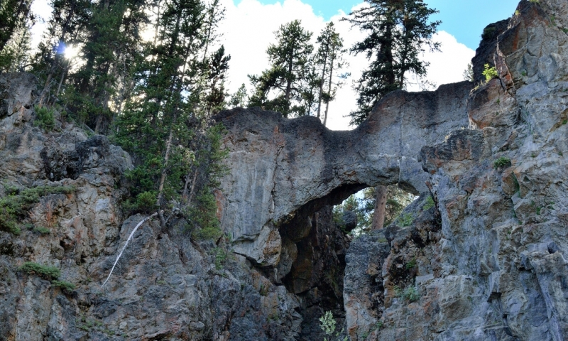 Yellowstone Natural Bridge