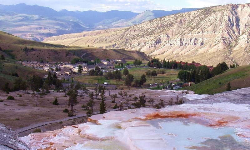 Mammoth Hot Springs Yellowstone Park