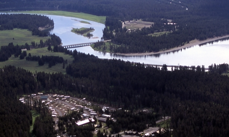 Fishing bridge campground rv park yellowstone camping for Fishing bridge rv park