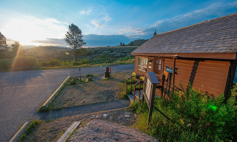 Yellowstone West Thumb Amp Grant Village Visitor S Center