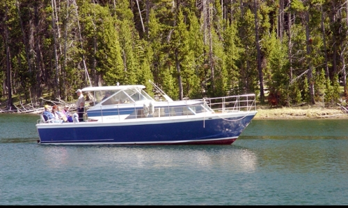 Yellowstone Fishing Tour Boat